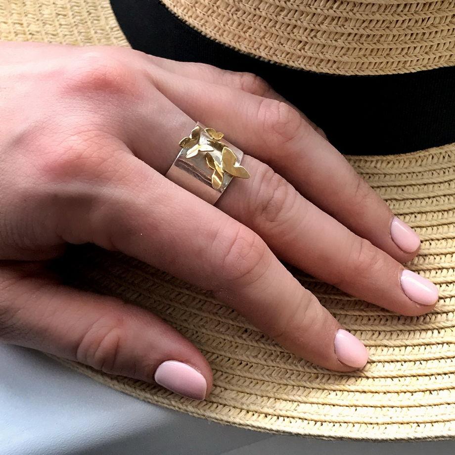 Широкое серебряное кольцо Танец Бабочек