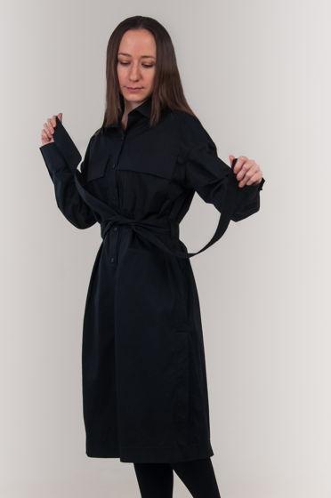 Универсальное хлопковое платье-рубашка черного цвета.