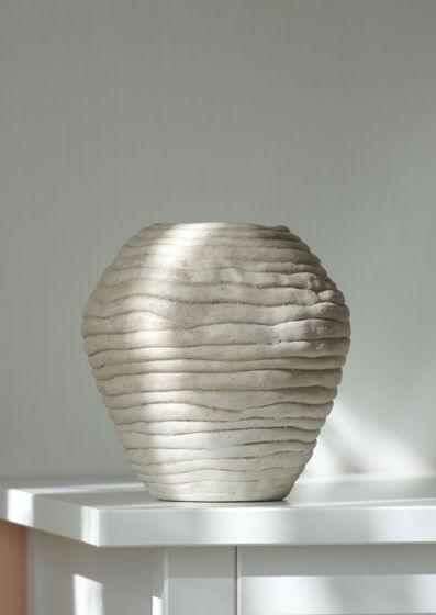 Керамическая ваза из шамотной глины цвета слоновой кости Груша