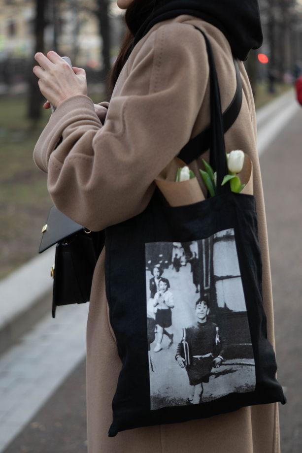 Черный шоппер с фотографией