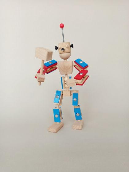 Робот-конструктор из дерева