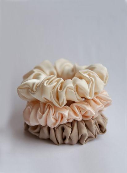 Резинки для волос из натурального шёлка 3 шт Подарок на 8 марта
