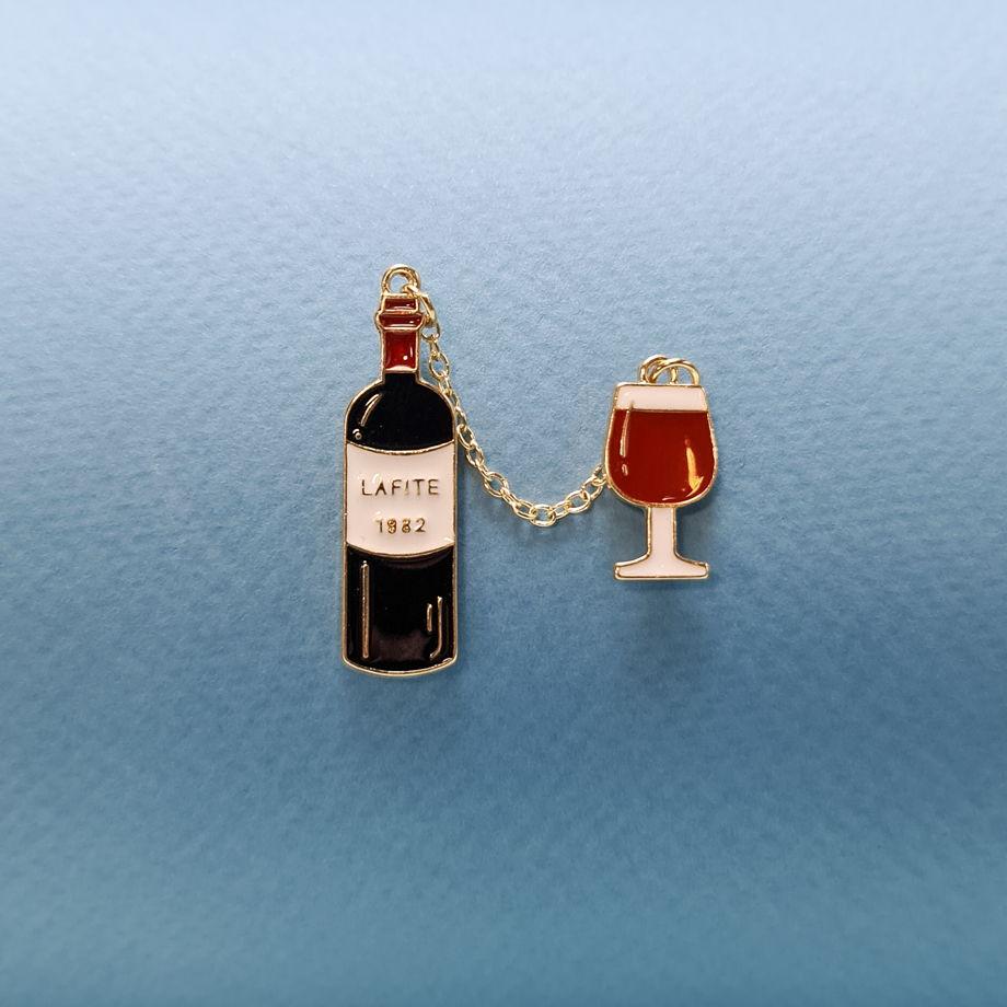 "Значок ""Вино и бокал"""