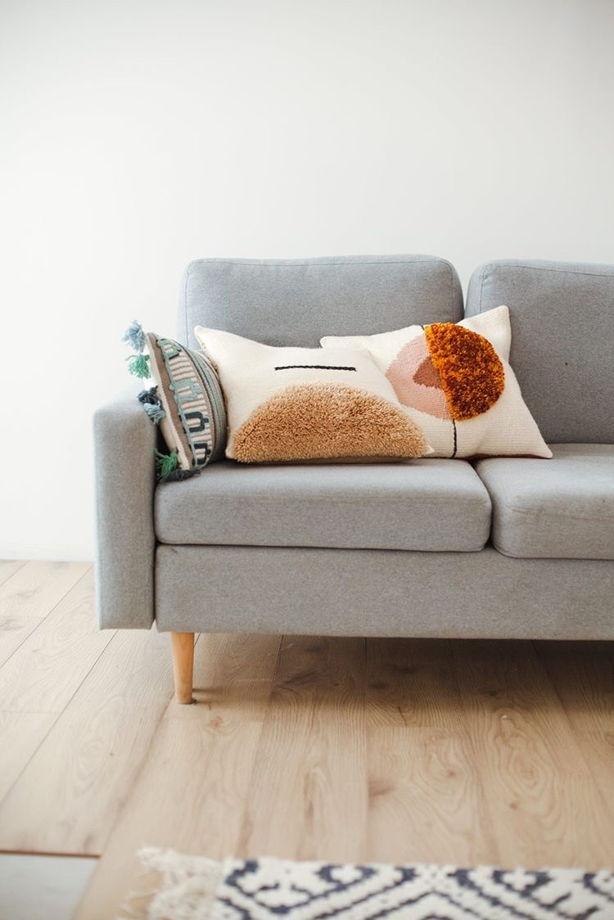 Декоративный тканный чехол на подушку с modern принтом от My.Cozy.