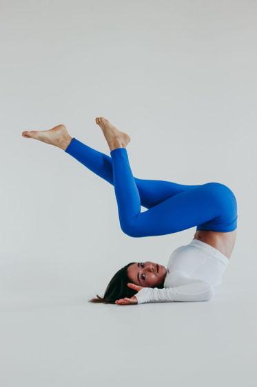 Леггинсы ярко - синего цвета для фитнеса/активной жизни