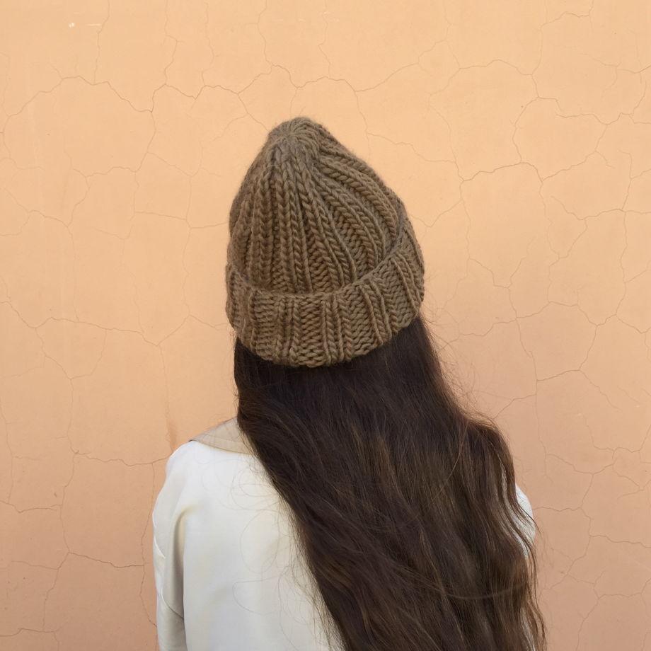 Зимняя шапка из шерсти