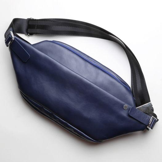 Поясная сумка  Guarda из тёмно-синей кожи
