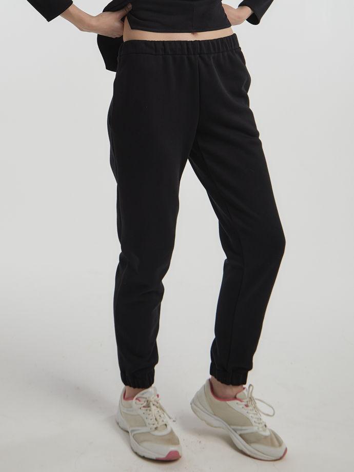 """брюки """"ДЖОГГЕРЫ"""" цвет черный."""
