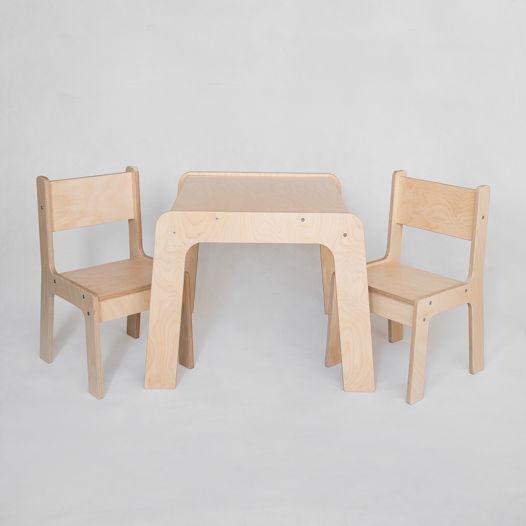 Комплект деревянной детской мебели стол и два стула Киддис