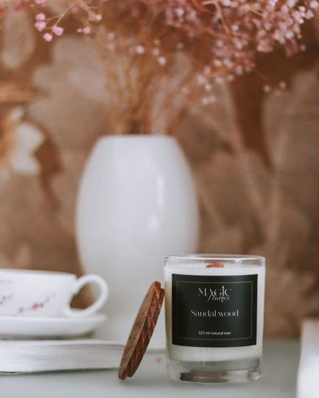 """Ароматическая кокосовая свеча """"Sandal wood"""" с древесным фитилем ручной работы"""