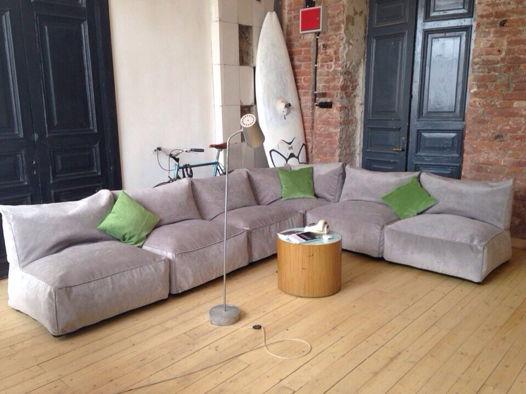 Модульный бескаркасный угловой диван из велюра серого цвета