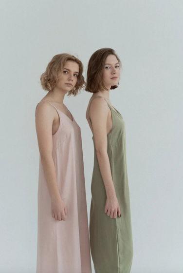 Платье-комбинация светло-розового цвета