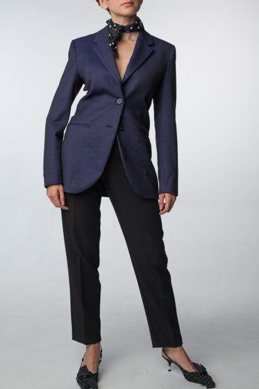 Женский фиолетовый пиджак приталенного силуэта из 100% шерсти и плечиками ручной работы Fari Levich