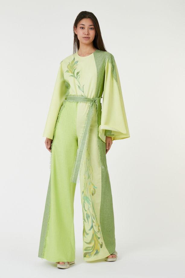 Дизайнерский комбинезон из итальянского льна с вышивкой, выполненной по индивидуальным эскизам