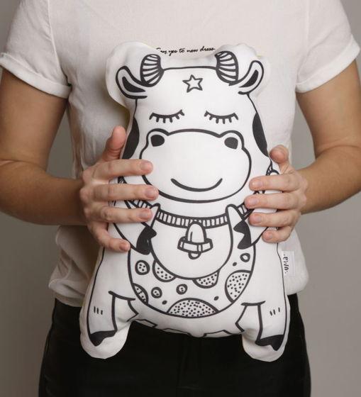 Подушка декоративная Корова «Милунка» из коллекции «O! My star!» - подарок на 14 февраля.