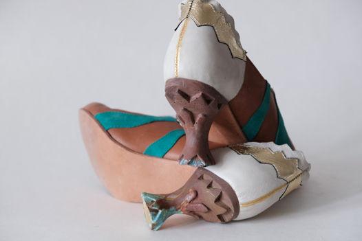 Высокие туфли с динамическими каблуками. Размер 40