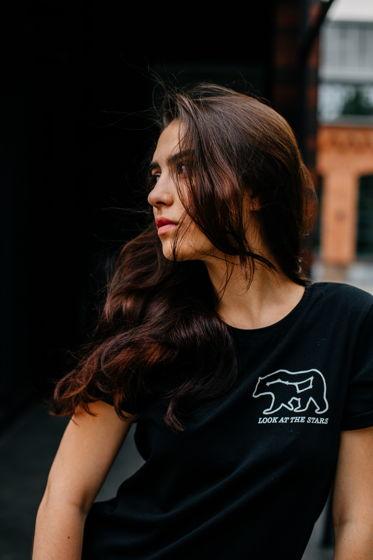 Футболка с принтом Большая медведица (черный)