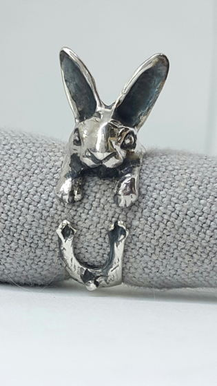 Кольцо - ушастый заяц. Серебро 925