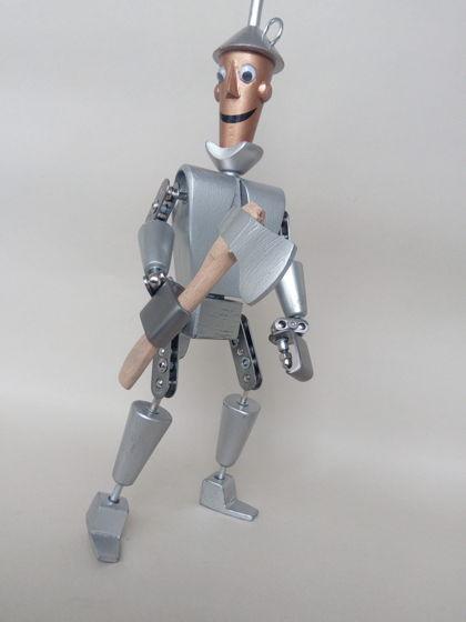 Игрушка железный дровосек