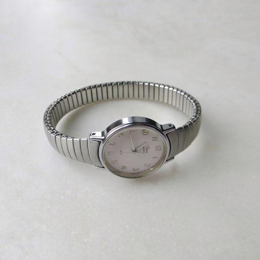 Винтажные кварцевые часы Timex