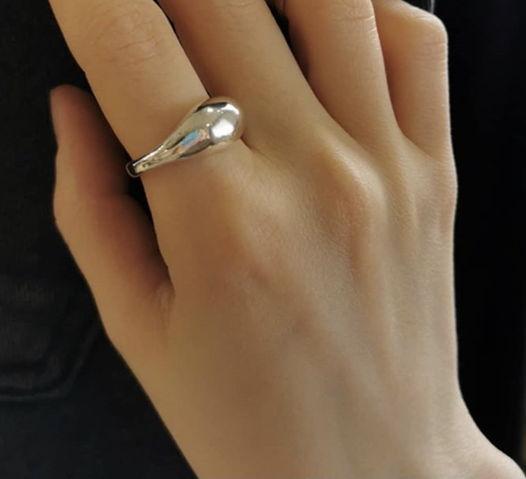 кольцо дутое простое