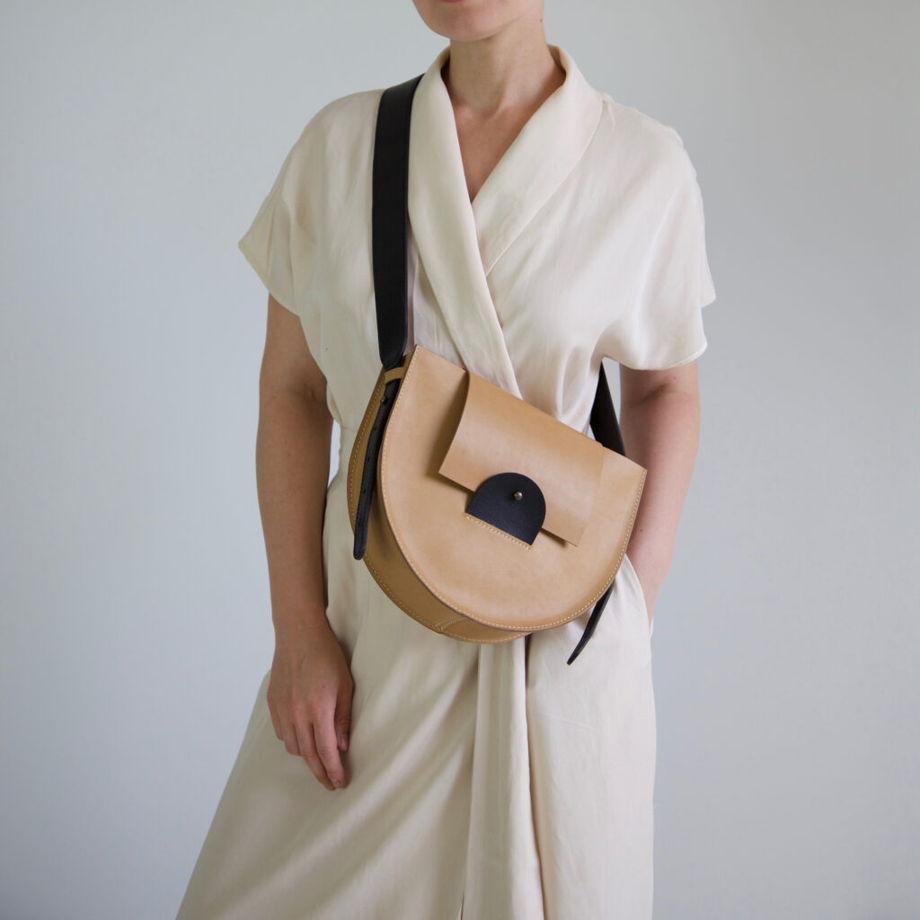 Кожаная сумка Suprematism Nude/Black