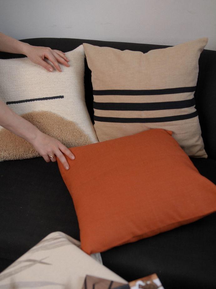 Декоративный чехол на подушку из льна в песочном цвете Sand