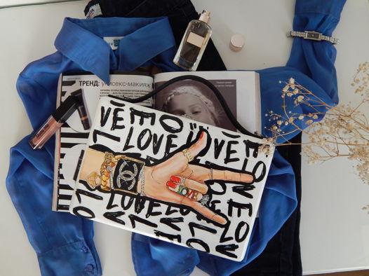 """Женская сумка-кроссбоди из дерева с ручной росписью """"Chanel Love"""", белая"""