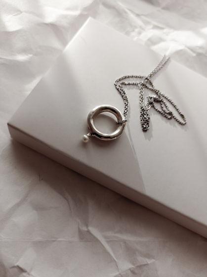 Подвеска кольцо с жемчугом