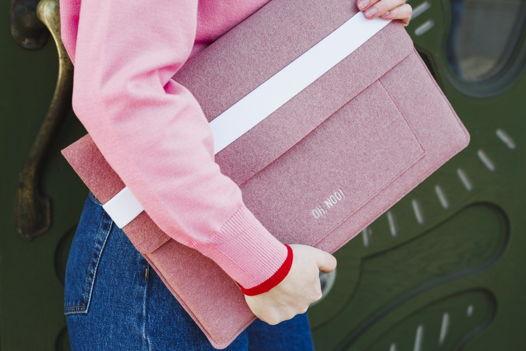 Чехол из фетра для MacBook и ноутбуков, дымчато-розовый, горизонтальный с крышкой