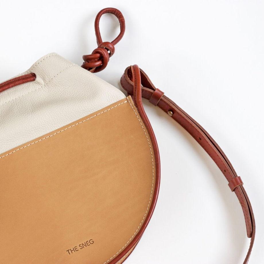 Кожаная сумка Loop Nude/Cream