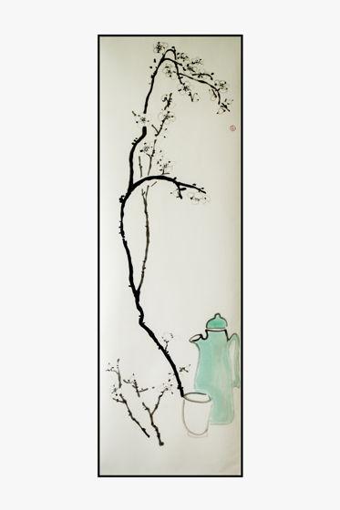 """""""Чаша с чаем под цветущей сливой"""", картина-свиток в традиционном китайском стиле се-и   (34 * 106 см)"""