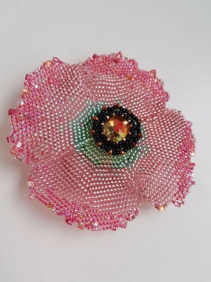 Брошь МАК из бисера розовый