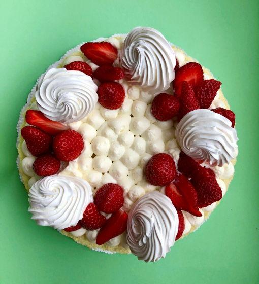 Клубничный торт Ева