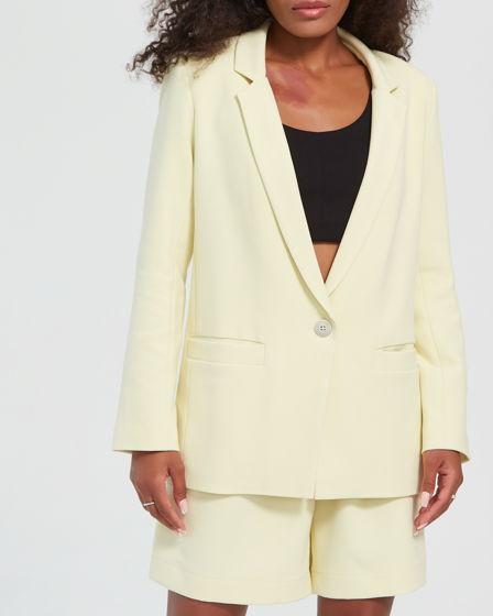 Пиджак женский // цвет: пастельно-желтый