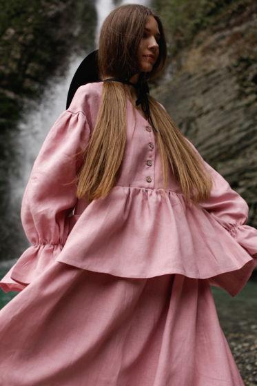 Розовое платье оверсайз «Лети»
