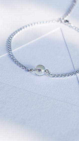 Анклет на цепочке  камнем (браслет на щиколотку)