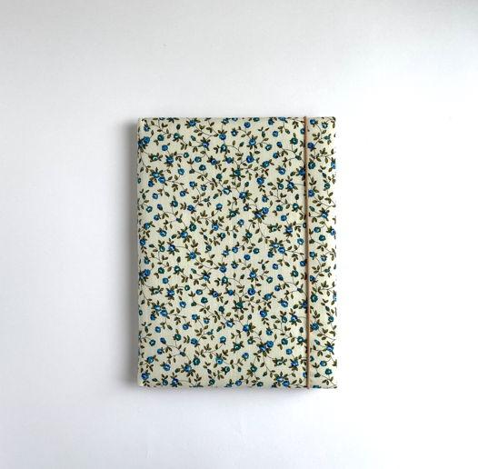 Блокнот ручной работы, принт цветы на белом, с винными листами