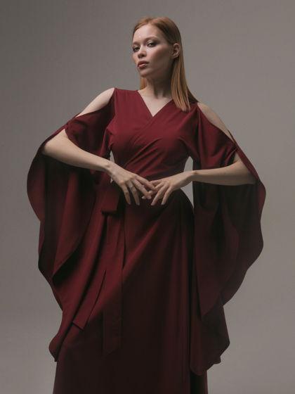 Кимоно-платье с открытыми плечами «Wings by Nashika».